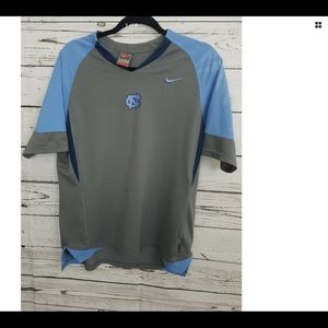 Men's NCAA North Carolina  Nike Dry-Fit shirt